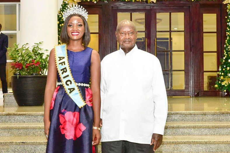 Miss Uganda Abanakyo Quiin with President Museveni at State House in Entebbe