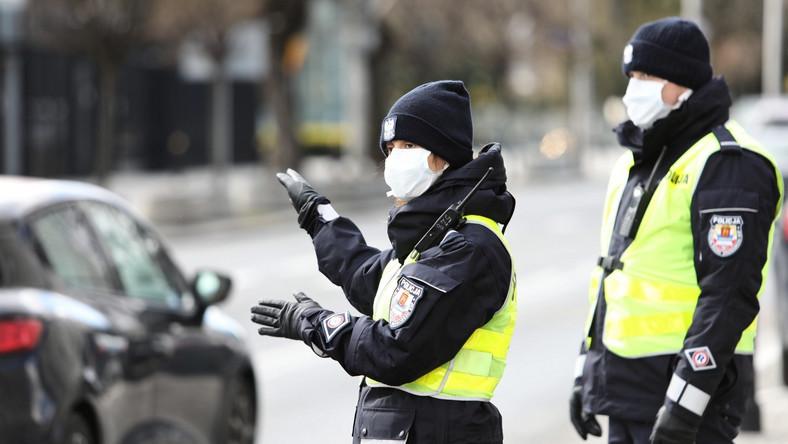Policyjny patrol