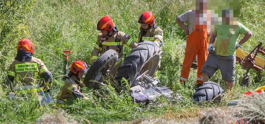 Dramatyczna akcja ratunkowa w Małopolsce. 21-latek przygnieciony przez traktor