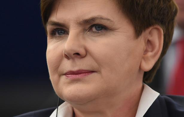 Premier przygotuje do zmian w urzędach