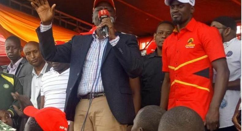 Itumbi roasted after posting video of Kenyatta singing popular reggae song while endorsing Mariga