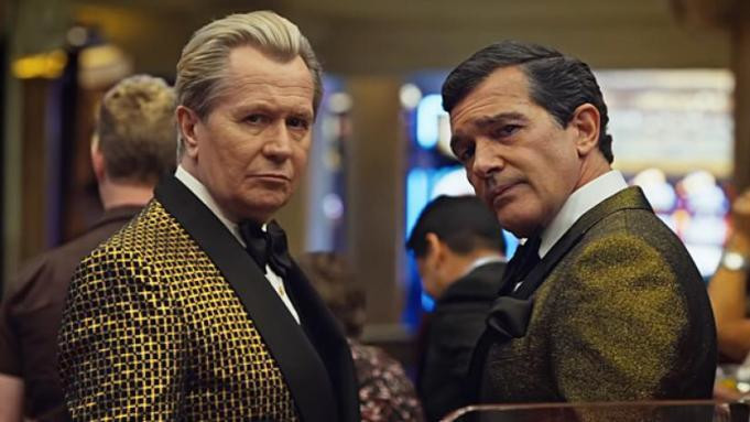 """Gary Oldman i Antonio Banderas w filmie """"Pralnia"""""""