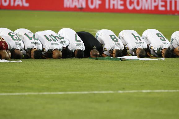Alžirci slave pobedu