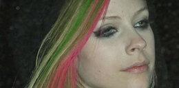 Włosy Lavigne wyglądają jak tęcza
