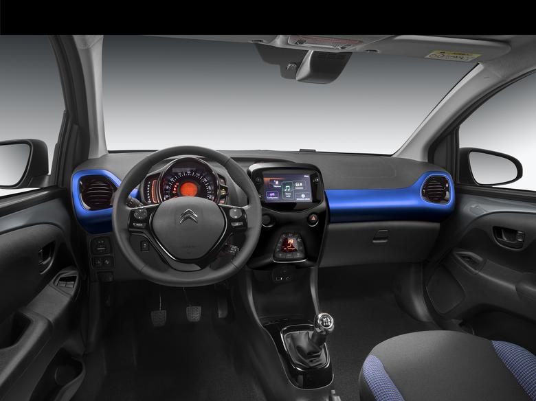 Citroen C1. Francuzi poprawili m.in. system multimedialny z funkcjami Androi Auto, Mirror Link i CarPlay