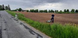 Cóż za akcja! Policjant na rowerze dogonił motocyklistę [FILM]