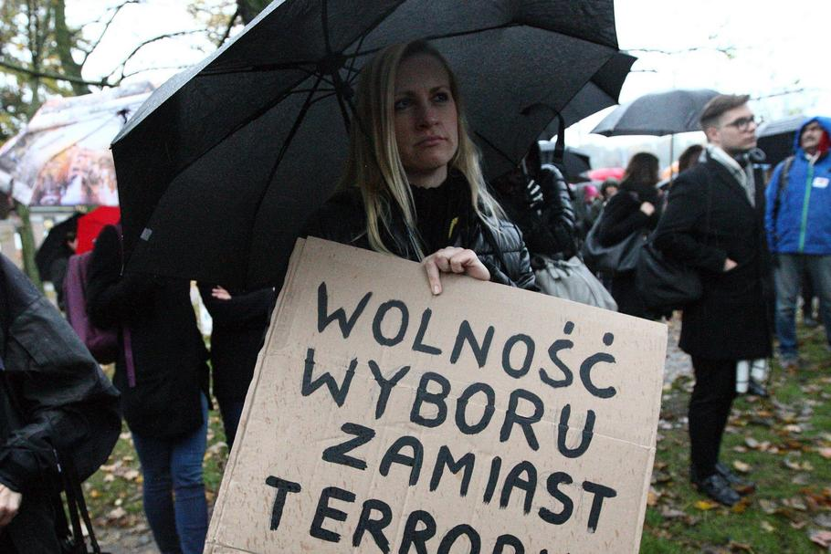 Polish women strike against abortion ban in Gdansk