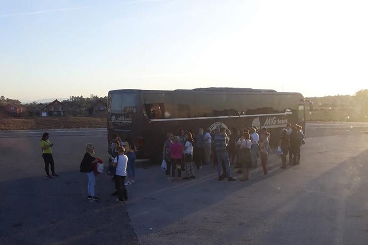 Autobus prosvetni radnici Banjaluka migranti