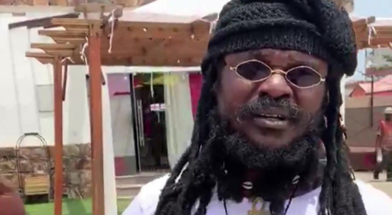 "Ras Kuuku speaks on ""missing award"""