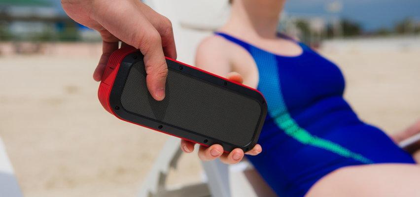 Głośniki Bluetooth idealne na imprezę poza domem. Jaki warto kupić?