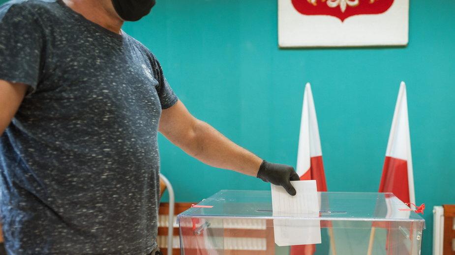 Administracja wyborcza a' la PiS