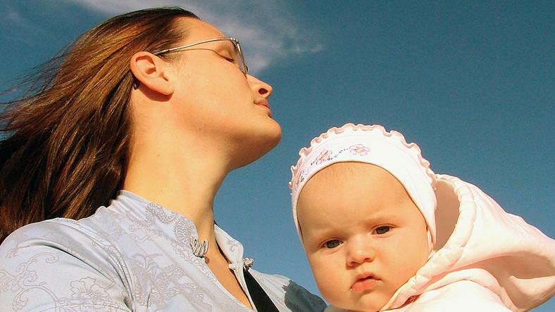 Wygodniej jest być ojcem niż matką