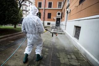 Włochy: Coraz trudniejsza sytuacja w szpitalach w Lombardii