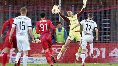 Legia nowym liderem! Mistrzowie wymęczyli zwycięstwo w Gliwicach