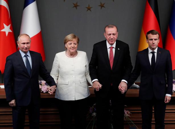 Wspólne zdjęcie przywódców Rosji, Niemiec, Turcji i Francji: Władimira Putina, Angeli Merkel, Recepa Tayyipa Erdogana i Emmanuela Macrona.