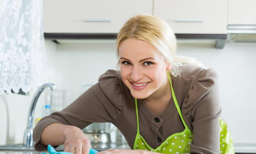 Na ścierkach kuchennych znajduje się wiele groźych bakterii