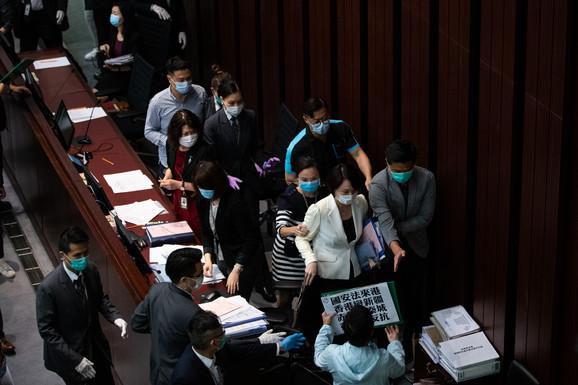 Sukob u gradskoj vladi između prodemokratskih i prokineskih pristalica zbog novog zakona