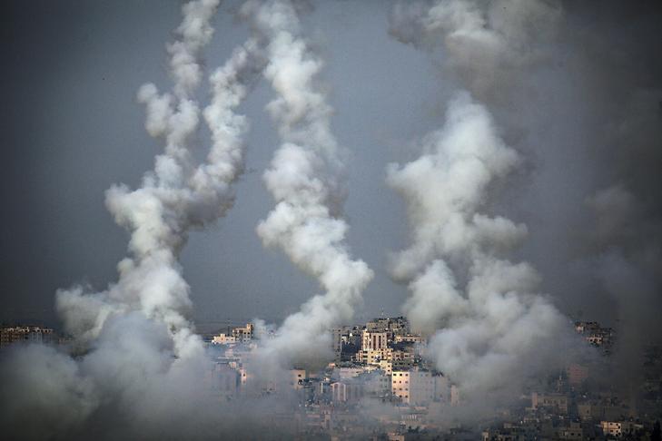 Izraeli célpontokra kilőtt palesztin rakéták Gáza fölött - krónikák