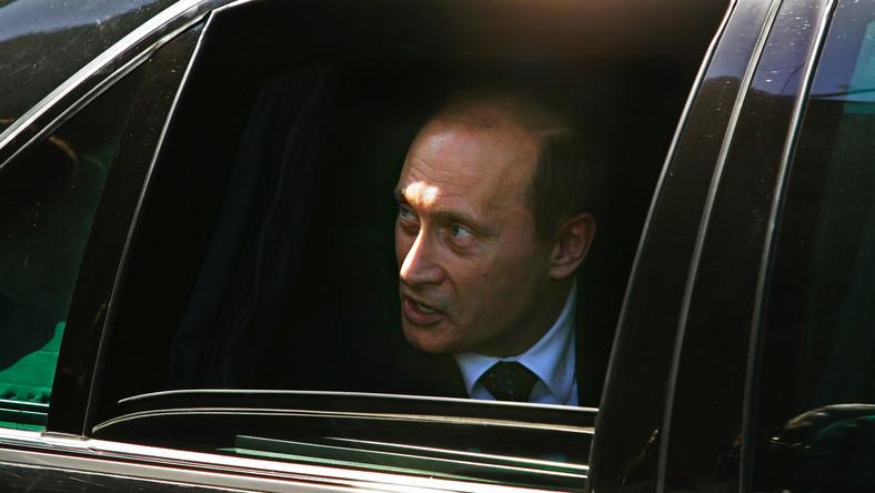 Władimir Putin groził atakiem na Warszawę? Niemcy publikują zapis rozmów