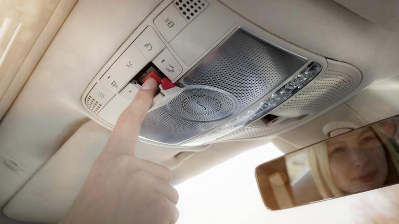 O zdarzeniu służby ratunkowe powiadomił o godz. 4.15 system eCall, zamontowany w samochodzie
