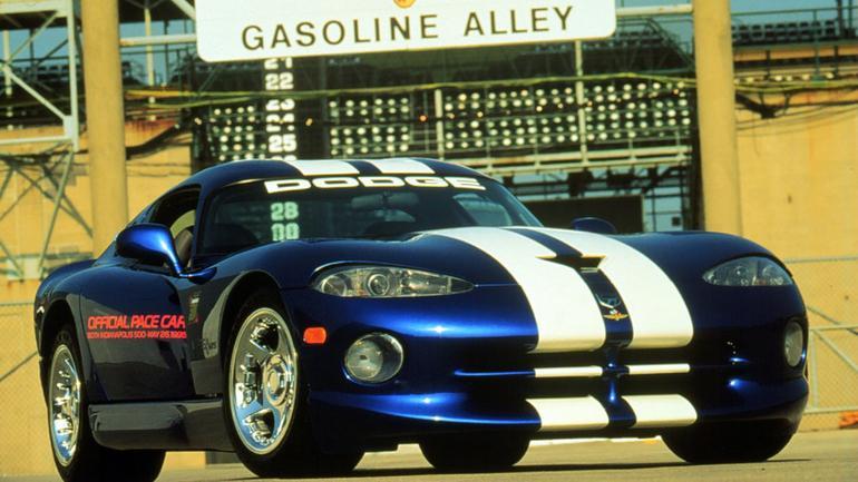 Chrysler Viper GTS - 450-konna żmija na kołach