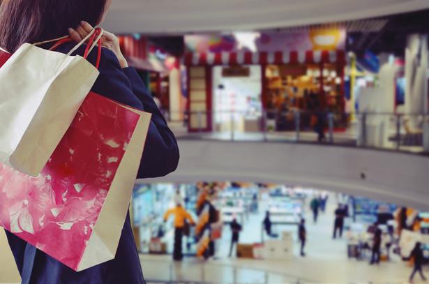 Wśród firm zrzeszonych w ZPPHiU w ciągu ostatniego weekendu odnotowano spadki odwiedzalności na uśrednionym poziomie -48 proc., a spadek sprzedaży wyniósł -38 proc. w stosunku do roku ubiegłego.