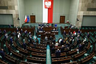 Sejm uchwalił z poprawkami nowelizację Prawa bankowego