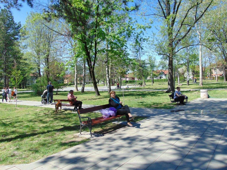 Park pored stadiona gde je pas napao decaka_foto Predrag Vujanac
