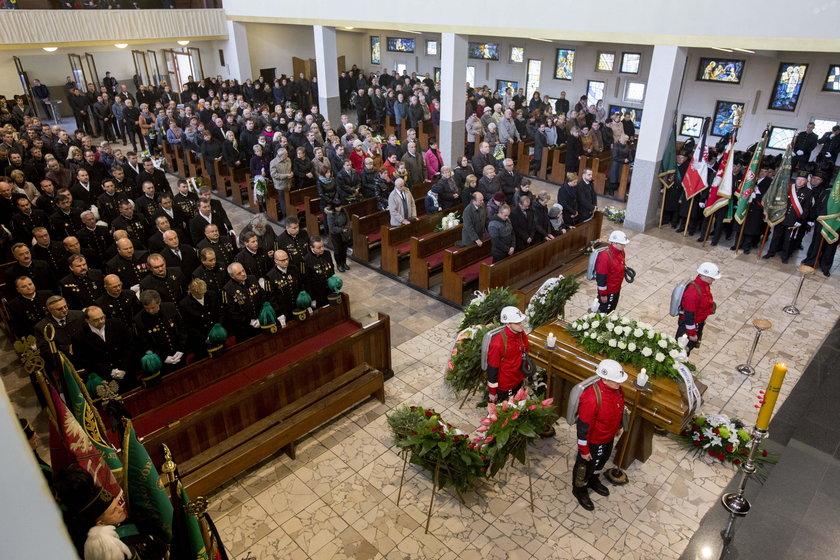 Pogrzeb Błażeja P. (28 †l.)