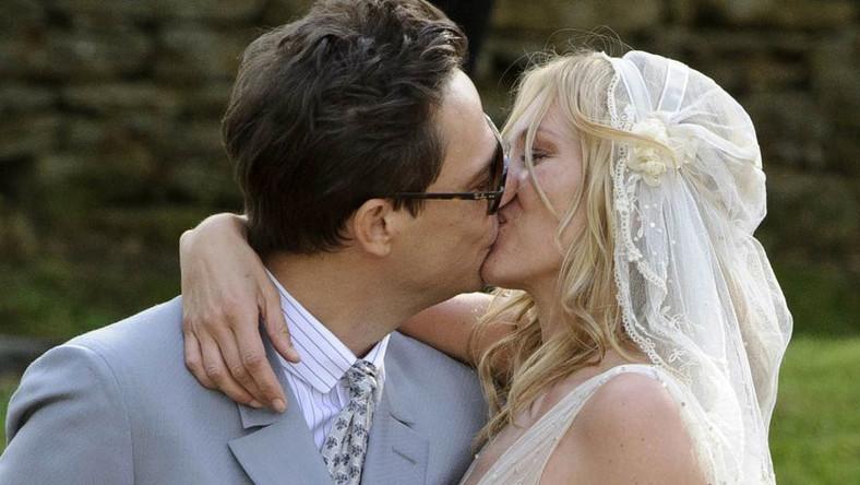 Topmodelka wzięła ślub! Oto ślubne zdjęcia Kate Moss