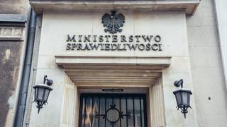 MS: Komisja Europejska uderza w polski porządek prawny