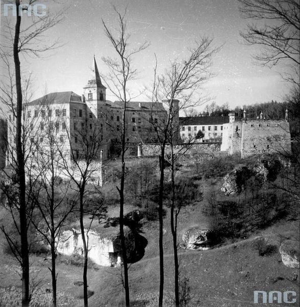 Zamek w Pieskowej Skale w latach 1939 - 1945