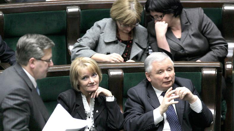 PiS cieszy się z porażki prezydenta za plecami prezesa