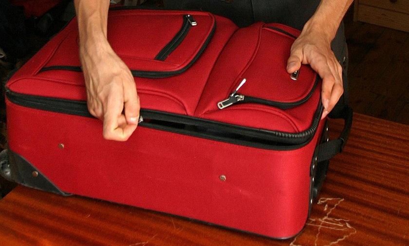 Ciało w walizce