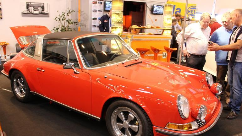 Zabytkowe Porsche drożeją - ceny rosną, kolekcjonerów przybywa