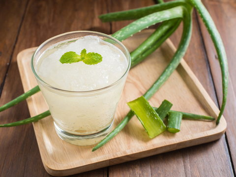 Aloe vera is a great way to treat painful stomach ulcers naturally [Credit: Dr. Weil]