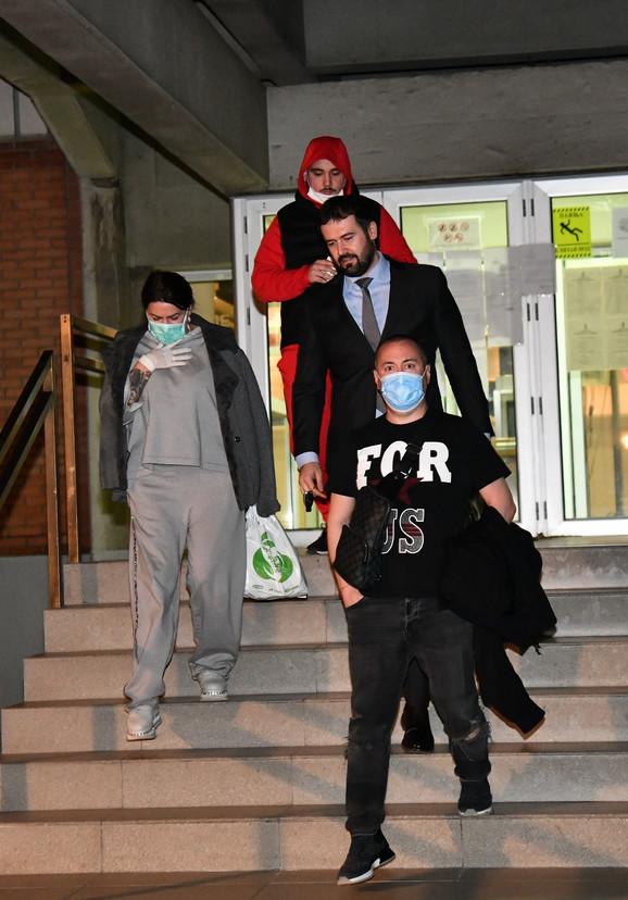 Đani i Slađa napuštaju tužilaštvo sa sinom i advokatom