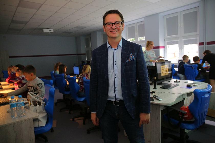 Michał Różański, dyrektor Szkoły Podstawowej 26 na Pogonce