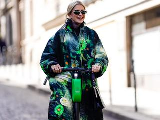 Street Style : Paris Fashion Week Womenswear Spring/Summer 2019 : Day Six