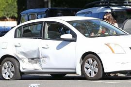 LANČANI SUDAR Glumica je ostavila kola na parkingu, a kada se vratila AUTOMOBIL JE BIO UNIŠTEN