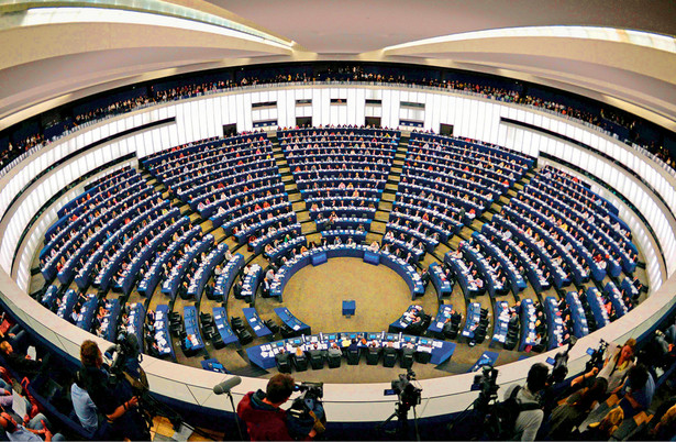 Sesja Parlamentu Europejskiego w Strasburgu. Tu oraz w Brukseli zapadają najważniejsze decyzje UE