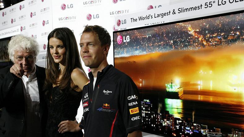 Reżyser Jean-Jacques Annaud, supermodelka Gemma Sanderson i kierowca Formuły 1 Sebastian Vettel zachwalali zalety nowego telewizora
