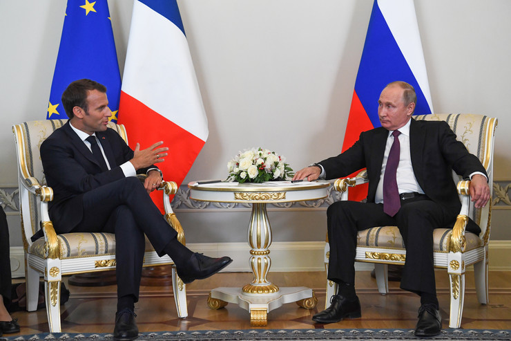 Sankt Peterburg, Vladimir Putin, Emanuel Makron, EPA- KIRILL KUDRYAVTSEV