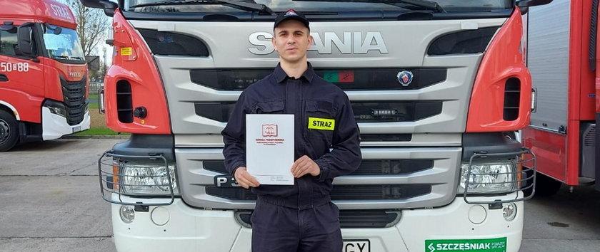 Wrocław. Bohaterska akcja strażaka. Uratował życie 8-letniej Oli