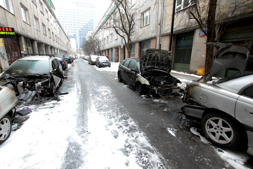 Spalone samochody Warszawa
