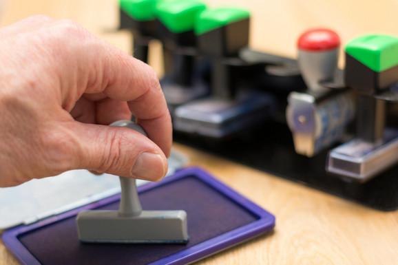 Država Je Uvela Elektronske Fakture Bez Potpisa I Pečata Ali To Ne