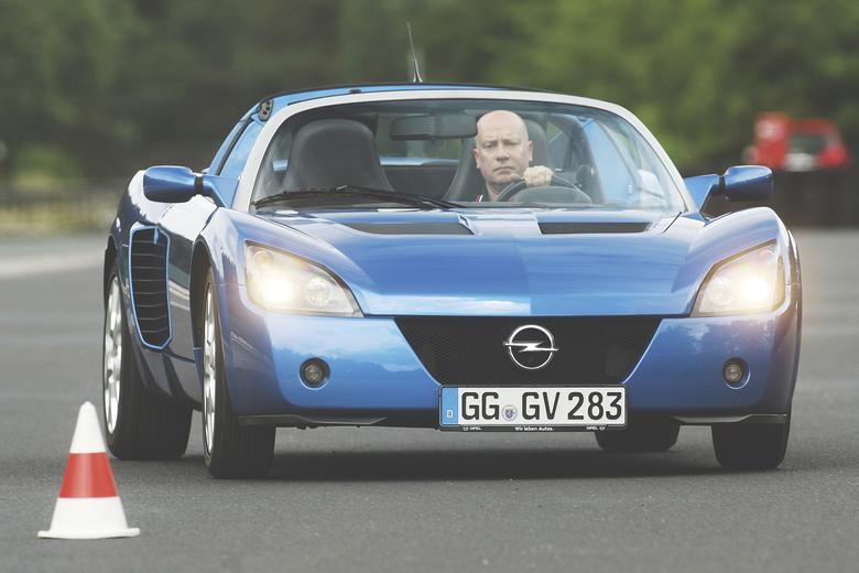 Tak jak Manta 400 i Lotus Omega, Speedster to prawdziwy ekstremista. Ale w zupełnie innym stylu.
