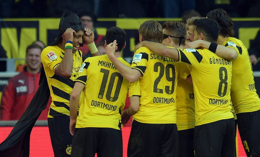 Borussia Dortmund pewnie wygra w derbach z Schalke 3:0