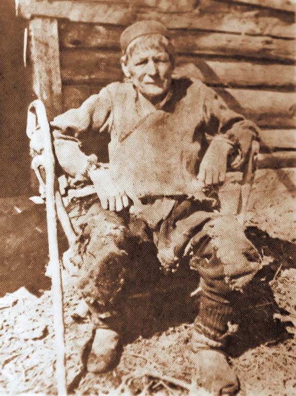 """Mikaš Karadžić. Ova poznata crnogorska virdžina iz plemena Drobnjaka, za koju se govorilo da je """"čudo u svijet"""""""
