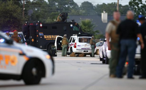 W czasie strzelaniny w Teksasie szaleniec zabił sześcioro członków swojej rodziny EPA/AARON M. SPRECHER